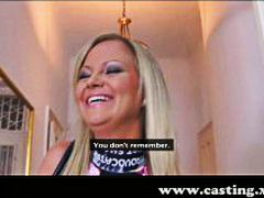 Roompastei, Model, Rolverdeling, Pov, Blond