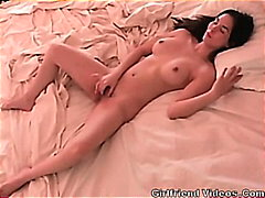 bed, hottie, amateur, pussy, girlfriends