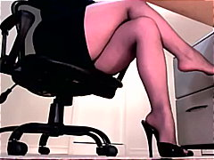 toes, dominanthypnosis.com, legs, domina, stiletto, calves, hypnosis, feet, femdom,