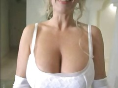 Wife licks cum from the table!