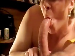Hot mature banging before smoking deepthroat