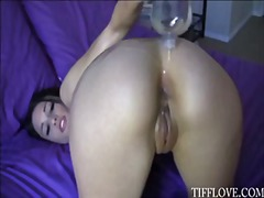 Big titty tiff love naked and rubs oil all over her sexy bod