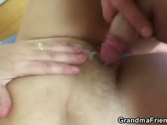 drieën, amateur, blond, rijp, grote prachtige vrouw, oma, hard
