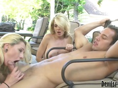 3some, threesome, reverse, ffm, cocksucking, blowjob, outdoors