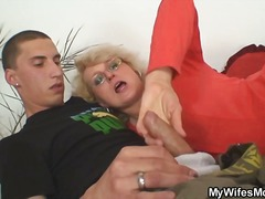 ouma, ma, hand job, bj, blond, verkul, ouer, hard