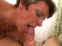 Mom like to suck my dick