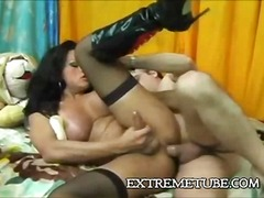Hard riding for a butty tranny whore