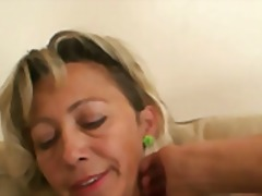 She finds out her man cheats with her mom