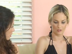 Beibi, Strap-On Dildo, Lesbo