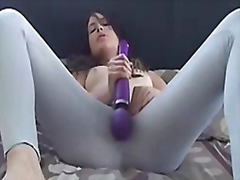 Girl squirts over her leggings