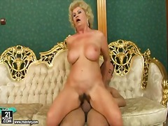 Blonde busty granny effie gets her old hairy muff licked and pounded hard with a huge throbbing dick
