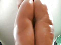I oiled my bum while dancing