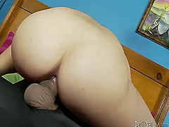 Senora leah cortez cant wait to be fucked in her mouth by hard cocked guy